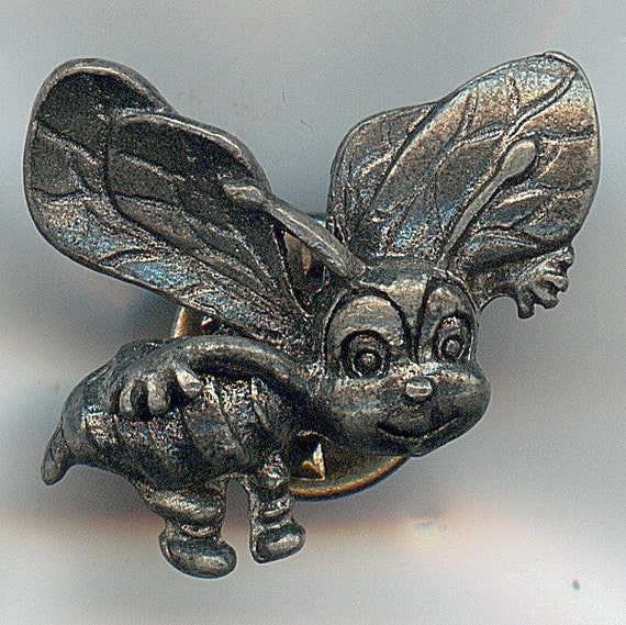 Vintage Bee Pin.  Maybe Pewter, Stamped 786 and IFS or 1FS.  Bumble Bee Brooch, Nice Condition, Unusual
