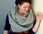 Oversized Chunky Infinity Scarf - Marble Grey