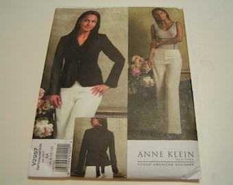 Vogue Pattern V2957 American Designer Anne Klein Misses Jacket Pants