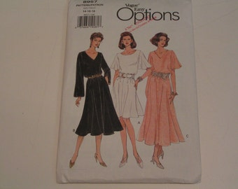 Vogue Easy Options Pattern 8957 Misses Pull Over Dress