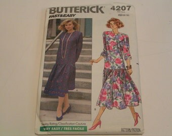 Butterick Pattern  4207 Misses Petite Dress
