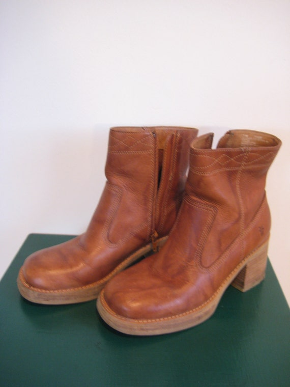 Women's Brown Frye Ankle Boots Size 7.5 in the Villager Style