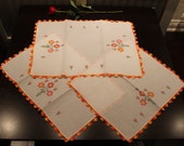Three kitchen towels with flowers - Crochet and Cross Stitch