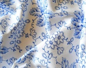 vintage french fabric for patchwork quilting  pillowcases antique blue flowers 23