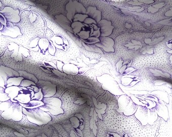 french vintage fabric for patchwork, quilting or pillowcases, antique, lilac flowers, french fabric 3