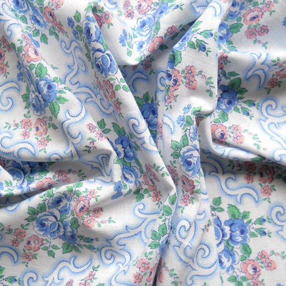 vintage fabric 17 for patchwork, quilting or pillowcases, antique, blue and pink flowers, french fabric