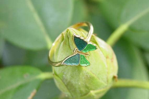 "Avon ""Shy Butterfly"" gold tone ring 1978 green and blue"