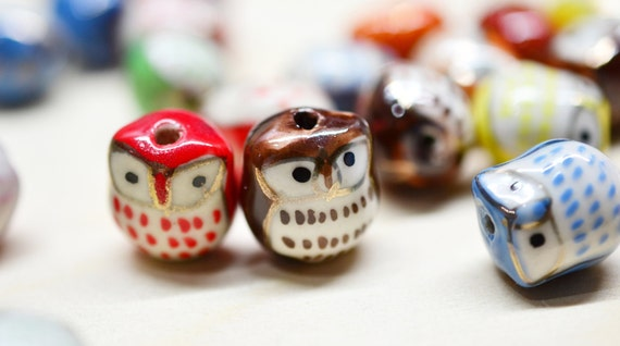 10 Pcs Porcelain Owl Beads. Mixed Color Hand painted Porcelain Bead 17mm.