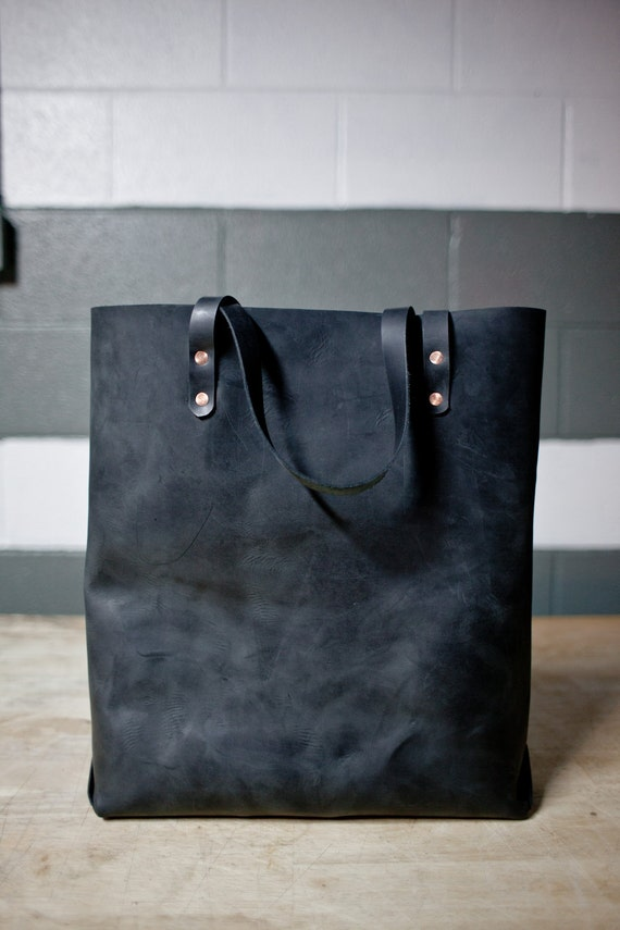Hand Sewn Leather Tote (black)
