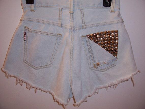 Vintage High Waisted Studded Pocket Denim Shorts