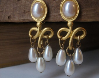 Vintage Brushed Gold Tone Earrings Pearl Drop Dangling French Twist -Art Nouveau