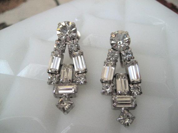 Art Deco Rhinestone Earrings - Vintage Emerald and Brilliant cut stones