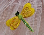 Embroidery Applique   - dragonfly  , DIY beautiful Cloth paste  (1pcs)