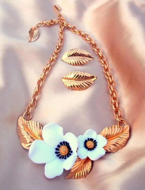 Vintage Louis Feraud Necklace and Earring Set Gold and White Flower Paris
