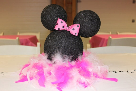 Centro de mesa de Minnie Mouse silueta / decoración por AvaNoelle