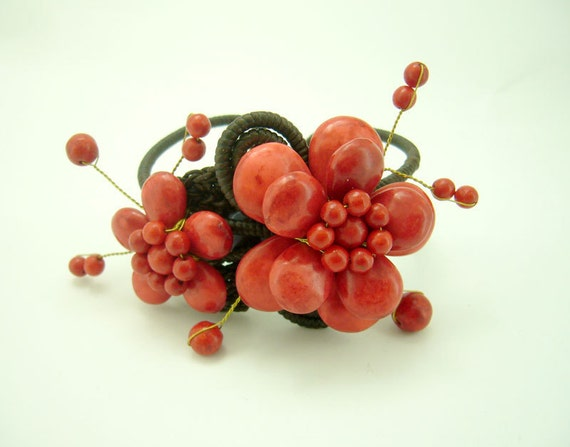 Red coral double flower bangle
