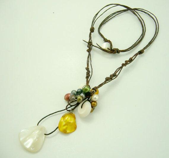 White shell pendant