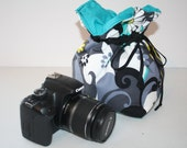 Slr Camera Bag Camera Coozy w Drawstring  Dslr camera Bag insert for purse Charcoal Daisies Small Size