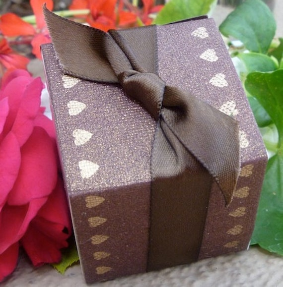 SALE ! - Hearts Gold and Brown Wedding Favor Box Wraps - Perfect for Valentine Weddings, Events and Parties - SALE NOW 0.20 Each Minimum 50