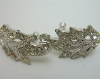 Rhinestone screw back earrings Silver Tone