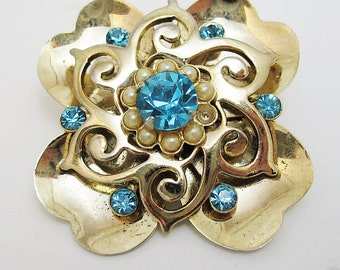 Blue and Gold Tone Possibly Unsigned Coro Brooch Pin.