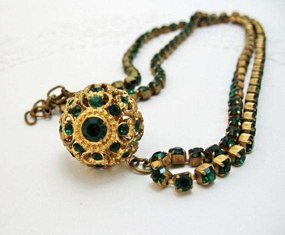 Emerald Green Necklace Pendant Goldtone Rhinestones ORB