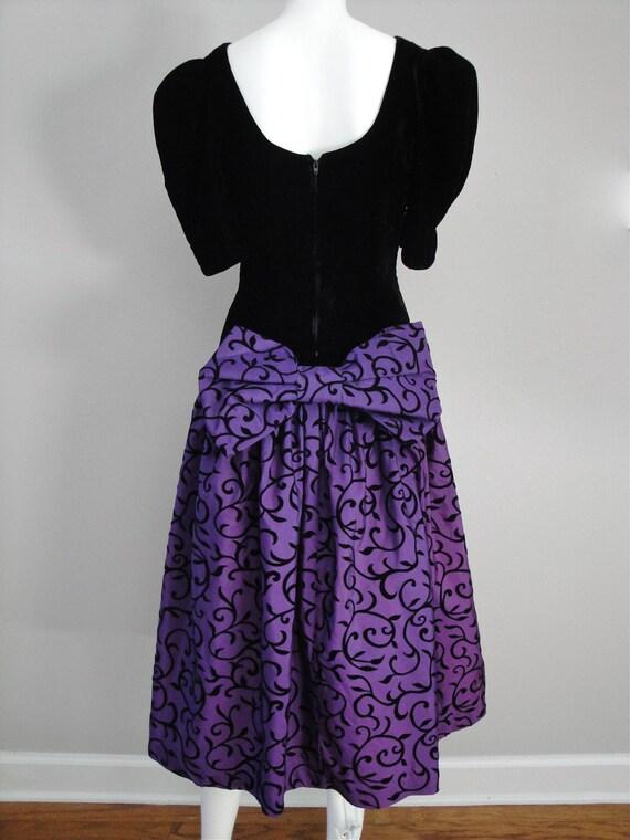 SALE Vintage 1980s 80s Party Dress Velvet Dance Dress Bow Purple Rain Halloween Costume Holiday