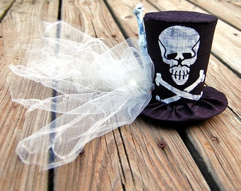 Tiny Top Hat: Scuttled Bones - Lolita Cosplay Costume Party Fascinator Photo Photography Prop Wedding Tophat Small Mini Miniature