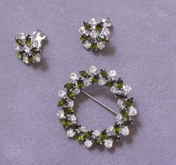 Reserve Vintage 50s signed B David emerald green marquis gemstone and Rhinestone circle Wreath Brooch and earring set Pin Free Shipping