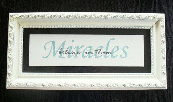 Shabby Chic 'Miracles' Decor Frame 946