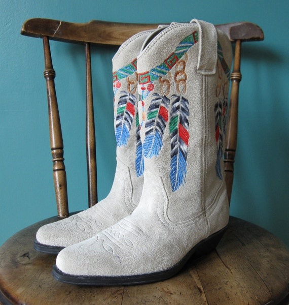 Vintage Cowboy Boots with Embroidered Feather Design US Size 6.5, UNWORN // AC42