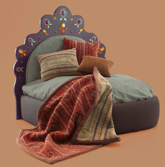 Pet bed or Doll Bed w Global Style