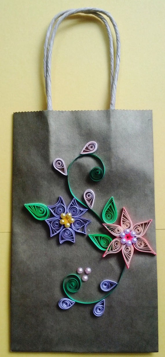 Paper Bag with quilled design