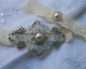Ivory Lace Wedding Garter Set, Ivory Bridal  Garter, Pearl Rhinestone Garter