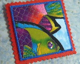 Tropical Ocean Sea Life Rainbow Fish Quilted Art Pin