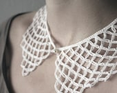 SUMMER SALE 20% OFF- white crochet lace vintage style collar, very elegant and femenine, simple