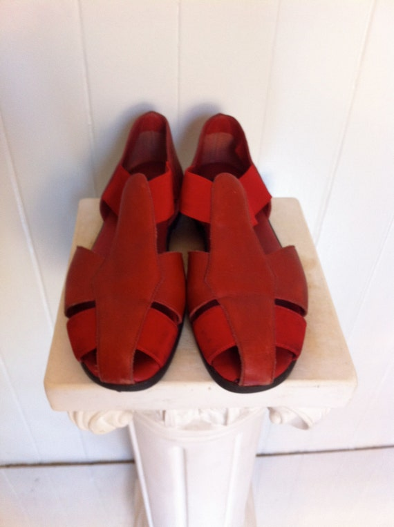 90s Liz Claiborne red leather slip on sandals