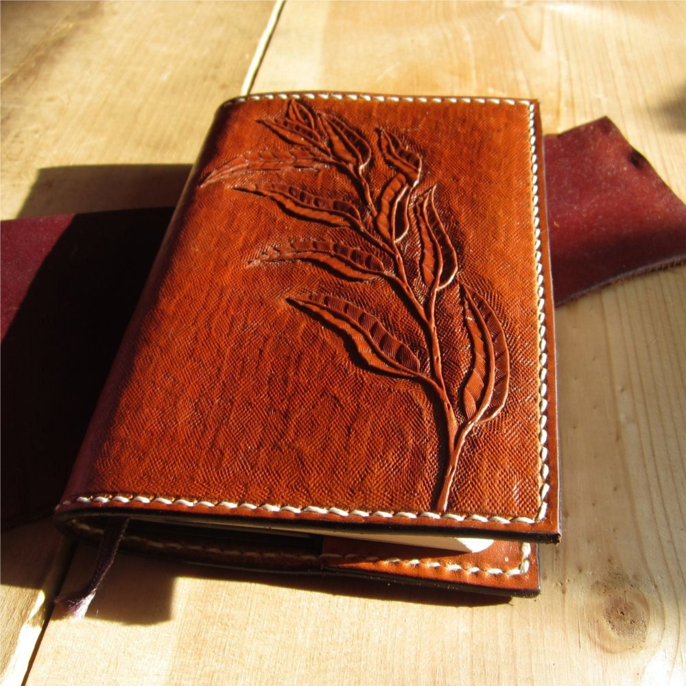 Leather journal cover / notebook cover refillable with hand