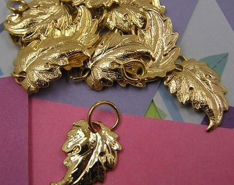 022 Gold Leaf Oak Leaf Maple Leaf Charm