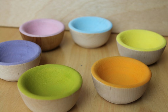 Playful Sort and Count Bowls in SPRING GARDEN