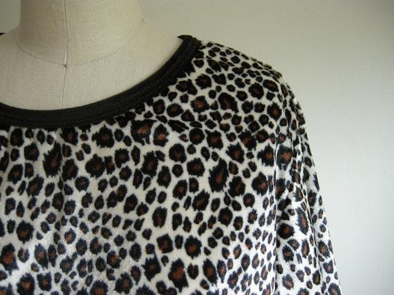 90s Velvet Leopard Print Crop Top
