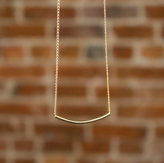 Skinny noodle necklace