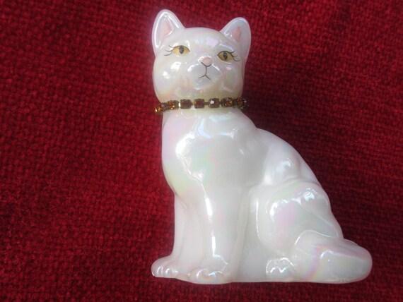 fenton glass opalescent november calendar cat figurine signed