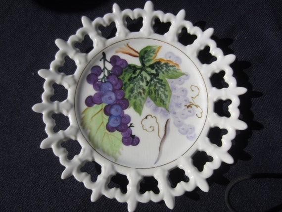 Norcrest Japan Purple Grapes Plate Hand Painted Numbered Grape Plate