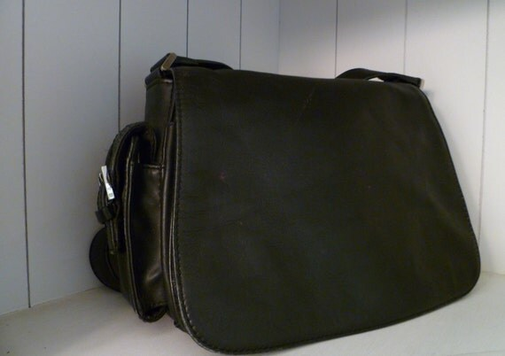 DSLR Camera Bag   Crossbody Camera Bag and Purse in one Leather Upcycled