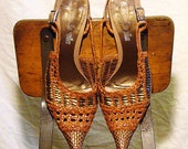 Women's Leather Basket Weave Pointed Slingback Sandals / Shoes size 9