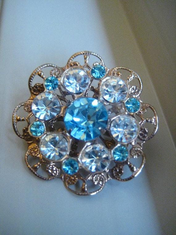 Carolina Blue and White Rhinestone Fashion Pin