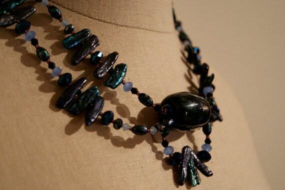 Handblown Glass Pendant & Fresh Water Pearl Necklace x46