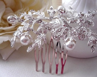 Pearl and Crystal Floral Hair Comb.  Wedding, Prom, Bridal, floral hair piece.