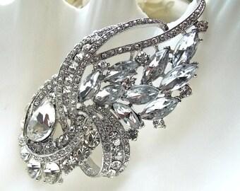 Bridal Rhinestone and Silver Hair Comb. Swarovski Crystals. Wedding, Bridal, Bridesmaids.
